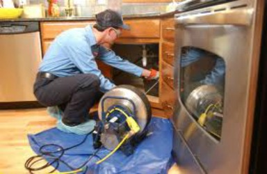Best Lakewood drain cleaning plumber available right now to help you with tough clogs.